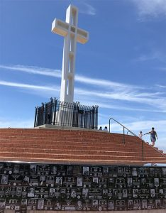 mt soledad veterans memorial - San Diego Scenic Cycle Tours
