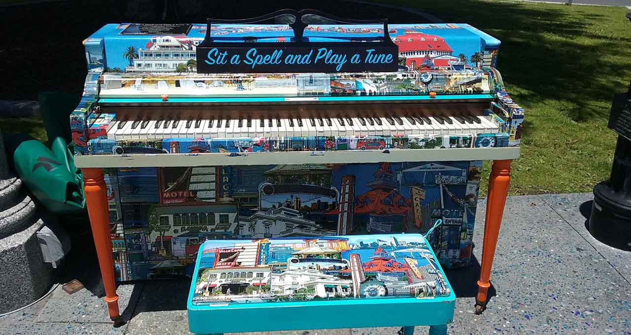 play a tune in coronado - San Diego Scenic Cycle Tours