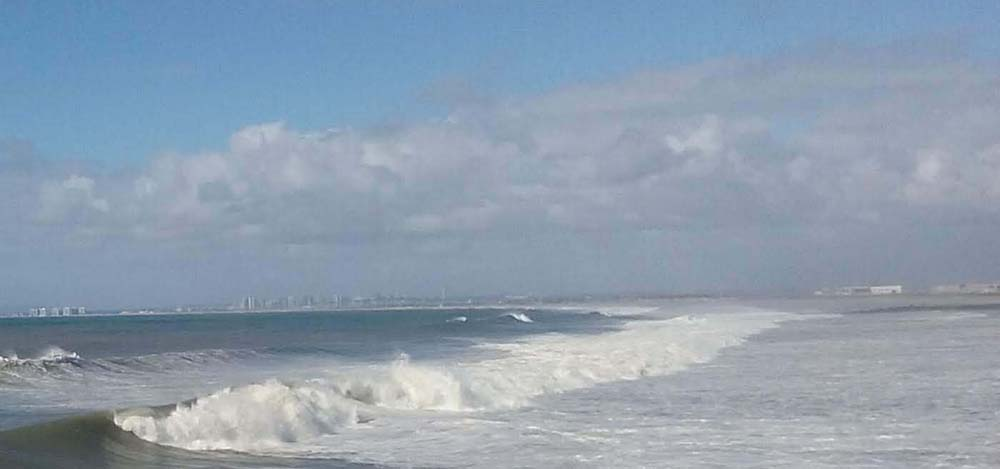 IB surf - San Diego Scenic Cycle Tours